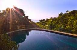 REF: 516 - Casa em Condomínio/loteamento Fechado em Ilhabela/SP  Siriuba