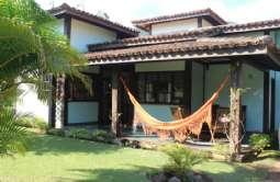 REF: 679 - Casa em Condomínio/loteamento Fechado em Ilhabela/SP  Agua Branca