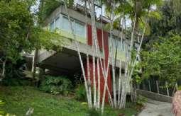 REF: 727 - Casa em São Sebastião/SP