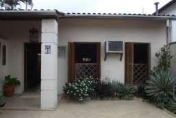 Casa à venda  em Ilhabela/SP - Perequê REF:504
