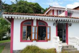 Casa à venda  em Ilhabela/SP - Vila REF:342