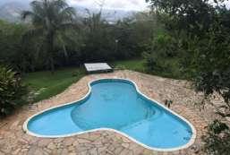 Casa à venda  em Ilhabela/SP - Curral REF:374