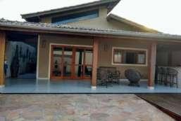 Casa à venda  em Ilhabela/SP - Perequê REF:599