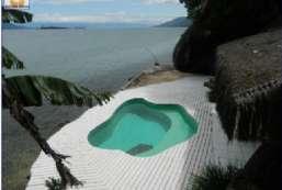 Casa à venda  em Ilhabela/SP - Perequê REF:402