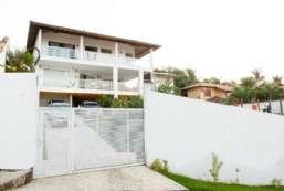 Casa à venda  em Ilhabela/SP - Perequê REF:234