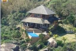 Casa à venda  em Ilhabela/SP - Santa Tereza REF:206